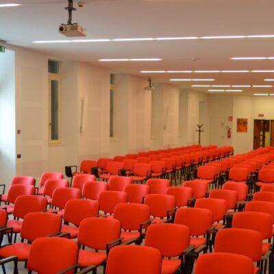Scuola-Apostolica-Albino-10-sala-riunioni-4